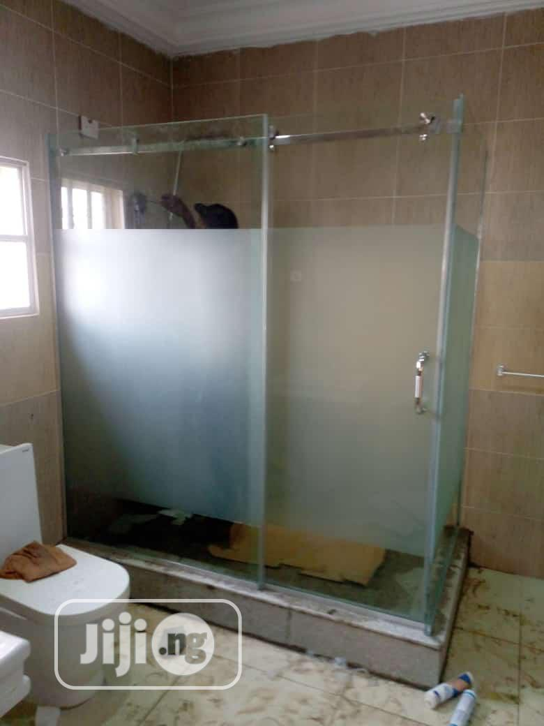 Shower Glass/Toilet Cubicle