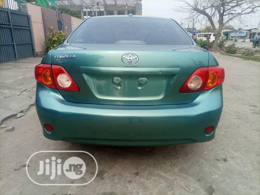 Archive: Toyota Corolla 2010 Green