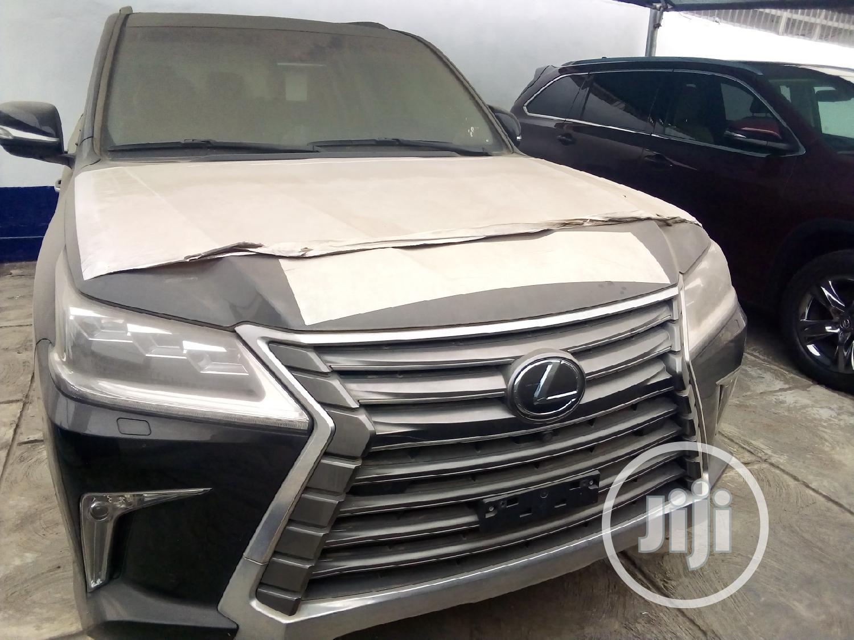 New Lexus LX 2019 Black