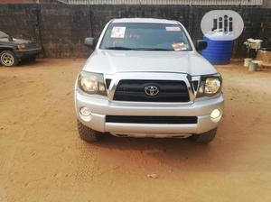 Toyota Tacoma 2006 Regular Cab Silver | Cars for sale in Edo State, Benin City
