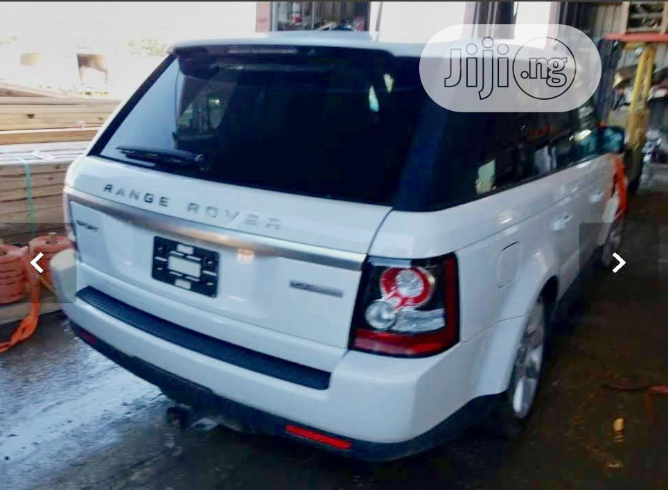 Land Rover Range Rover Sport 2013 HSE Lux White | Cars for sale in Ikeja, Lagos State, Nigeria