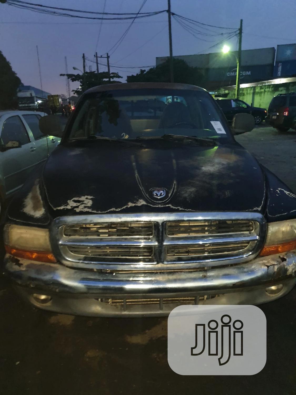 Dodge Dakota 2000 GPR Black