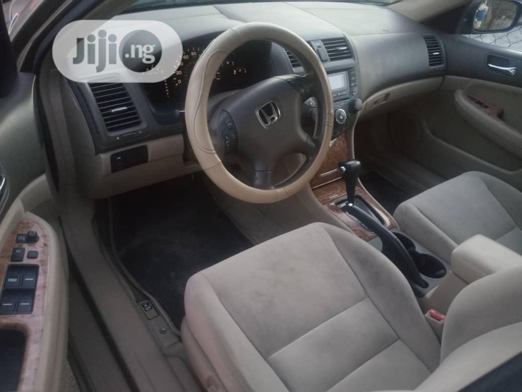 Archive: Honda Accord 2005 Automatic Gold