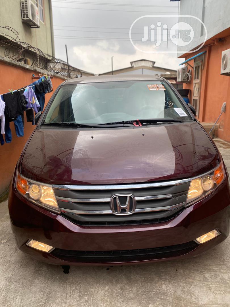 Honda Odyssey 2013 LX Red