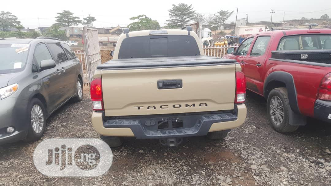 Toyota Tacoma 2018 Beige | Cars for sale in Ojodu, Lagos State, Nigeria