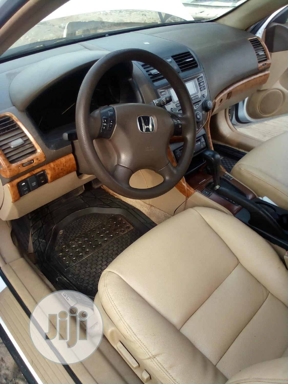 Archive: Honda Accord 2006 Sedan LX 3.0 V6 Automatic White
