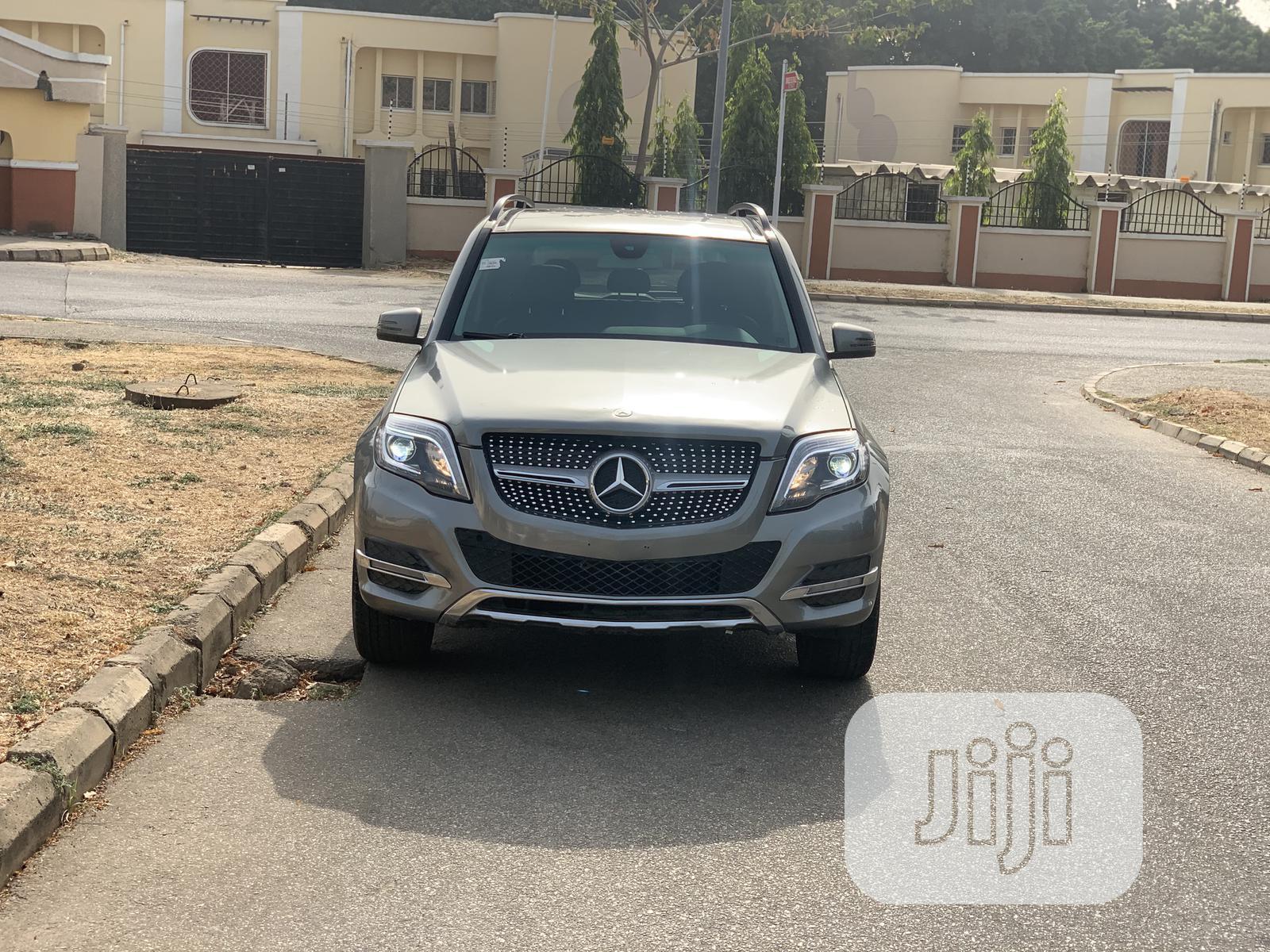 Archive: Mercedes-Benz GLK-Class 2014 350 4MATIC Gray