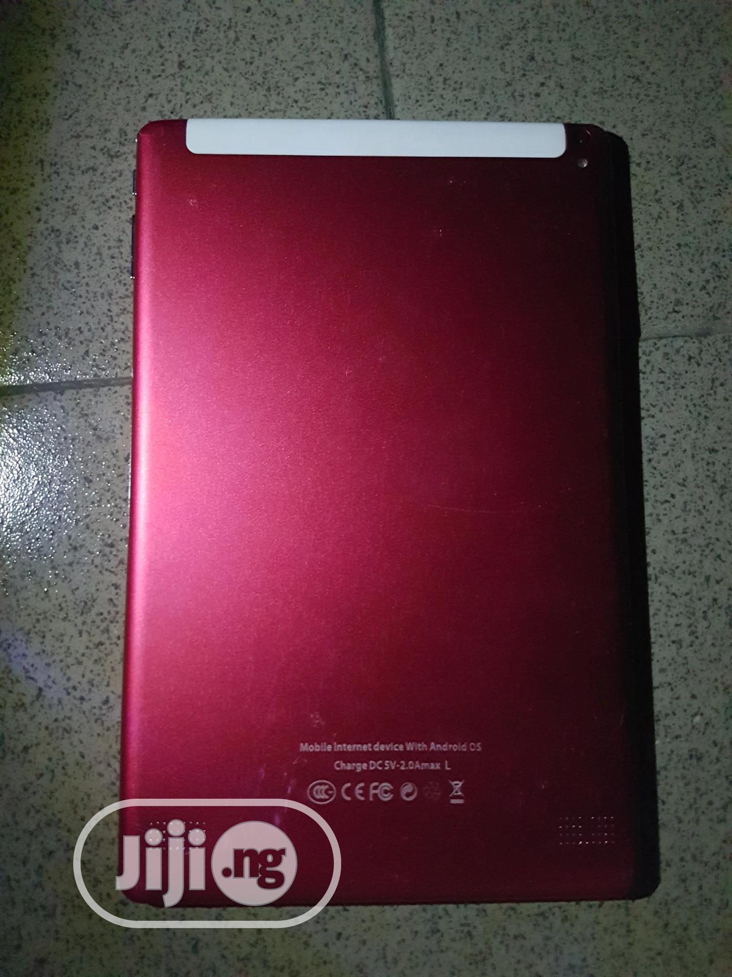 Archive: Mediatek MT8785 16 GB Red