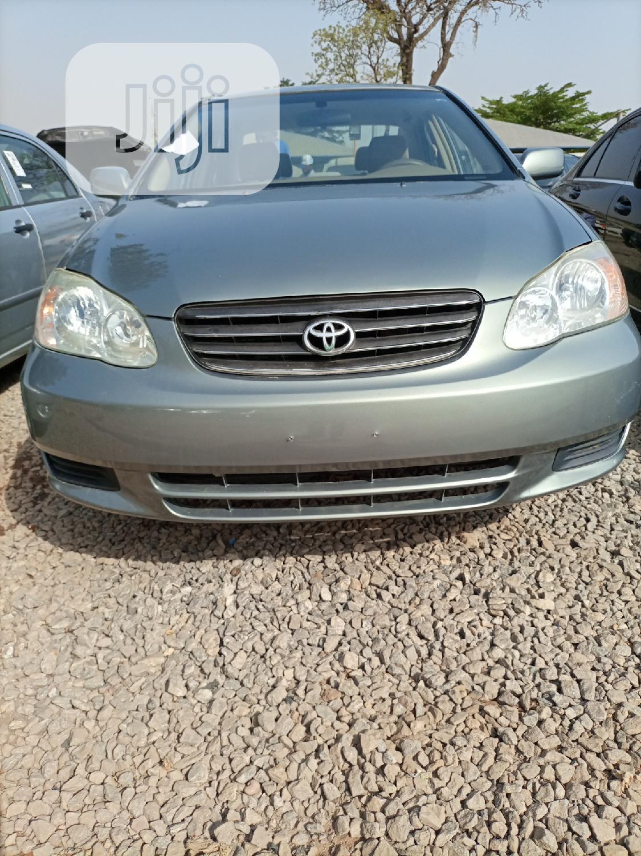 Toyota Corolla 2004 Gray