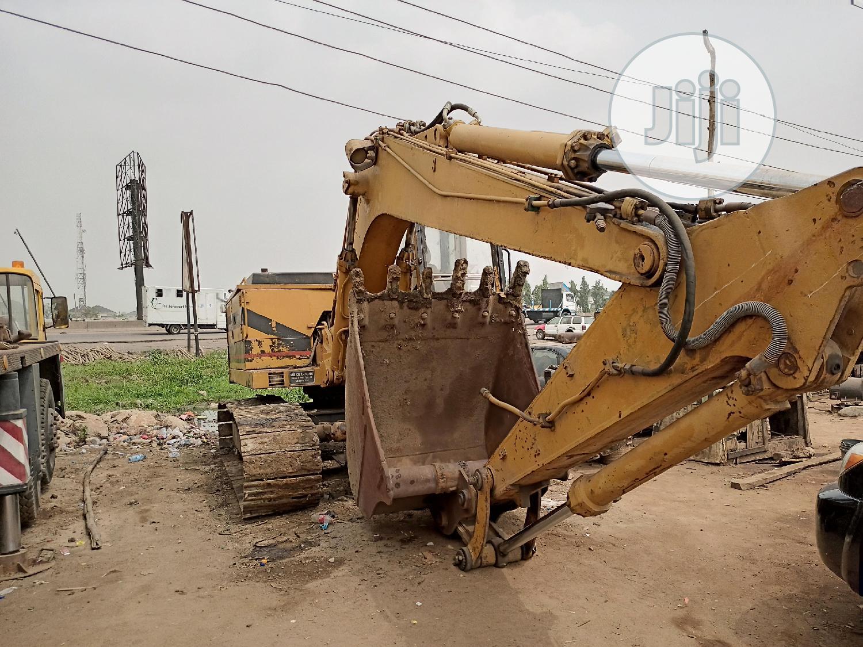 Bulldozer, Escavator, Payloaders E.T.C