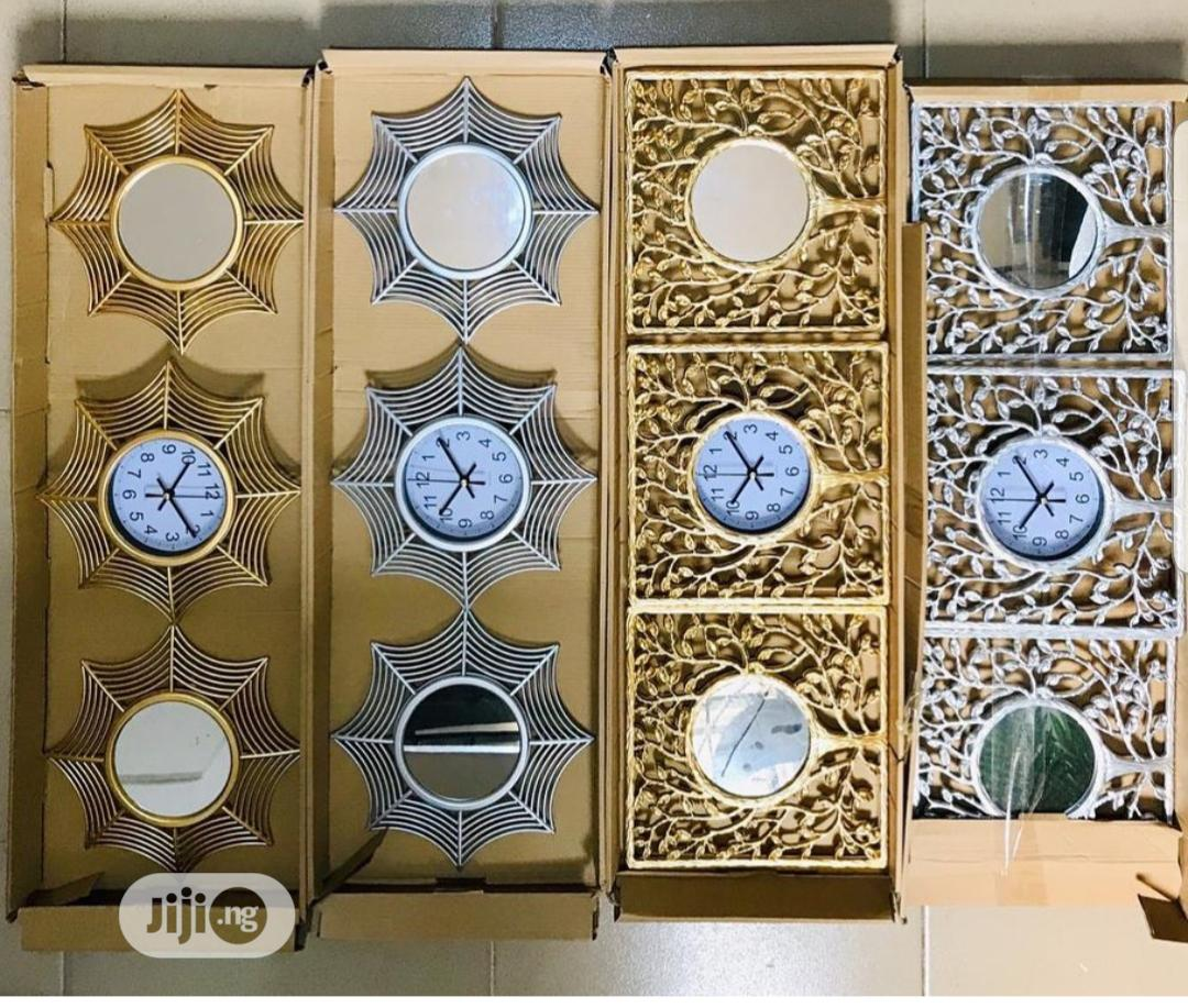 Decor Pieces - 3in1 Decorative Mirror With Center Clock