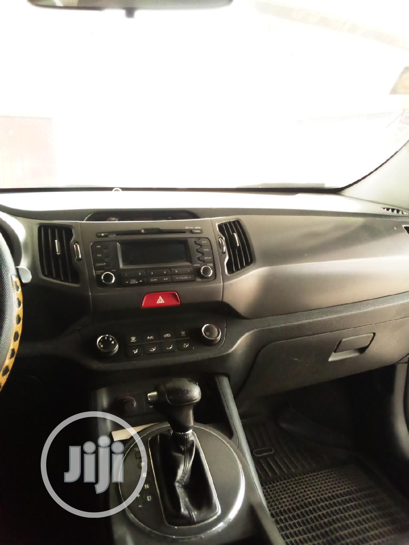 Archive: Kia Sportage 2010 Black