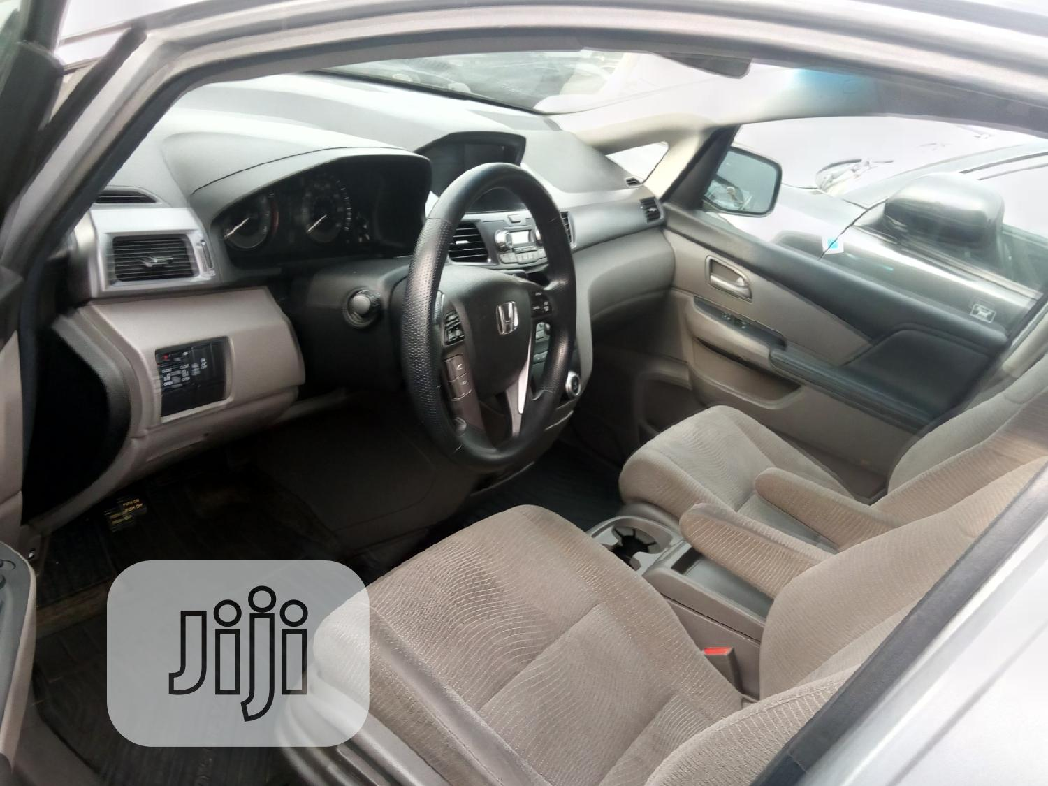 Honda Odyssey 2012 EX Silver   Buses & Microbuses for sale in Apapa, Lagos State, Nigeria