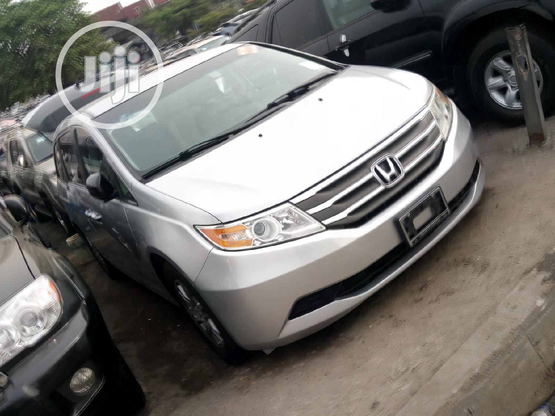 Honda Odyssey 2012 EX Silver