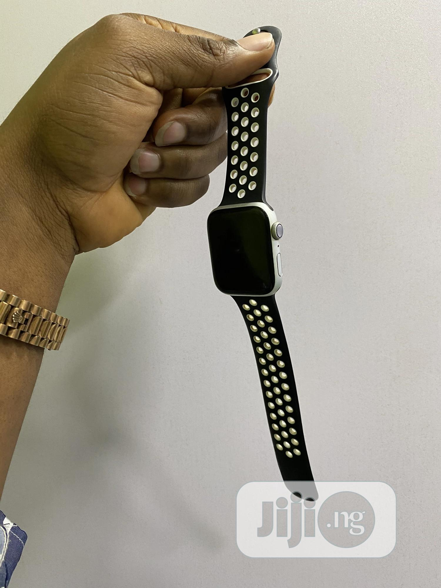 Apple Watch Series 5 44mm | Smart Watches & Trackers for sale in Ikeja, Lagos State, Nigeria