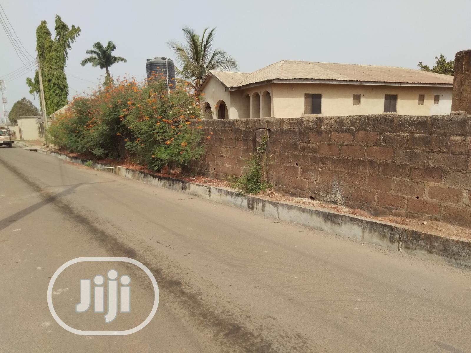 3 Bedroom Bongalow on a 2 Plot of Land