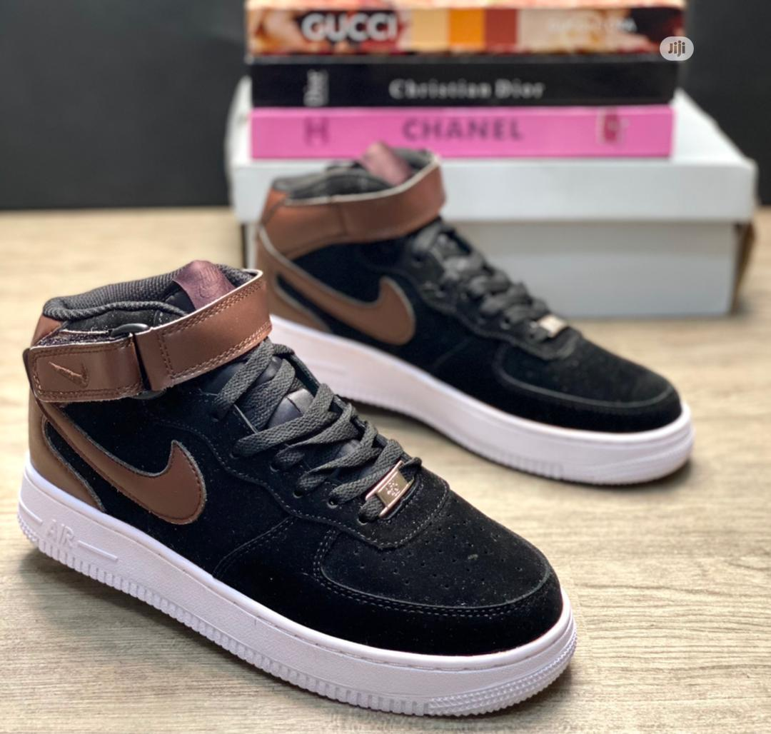 Nike Airforce 1 High Black/Earthbrown Now Available in Store