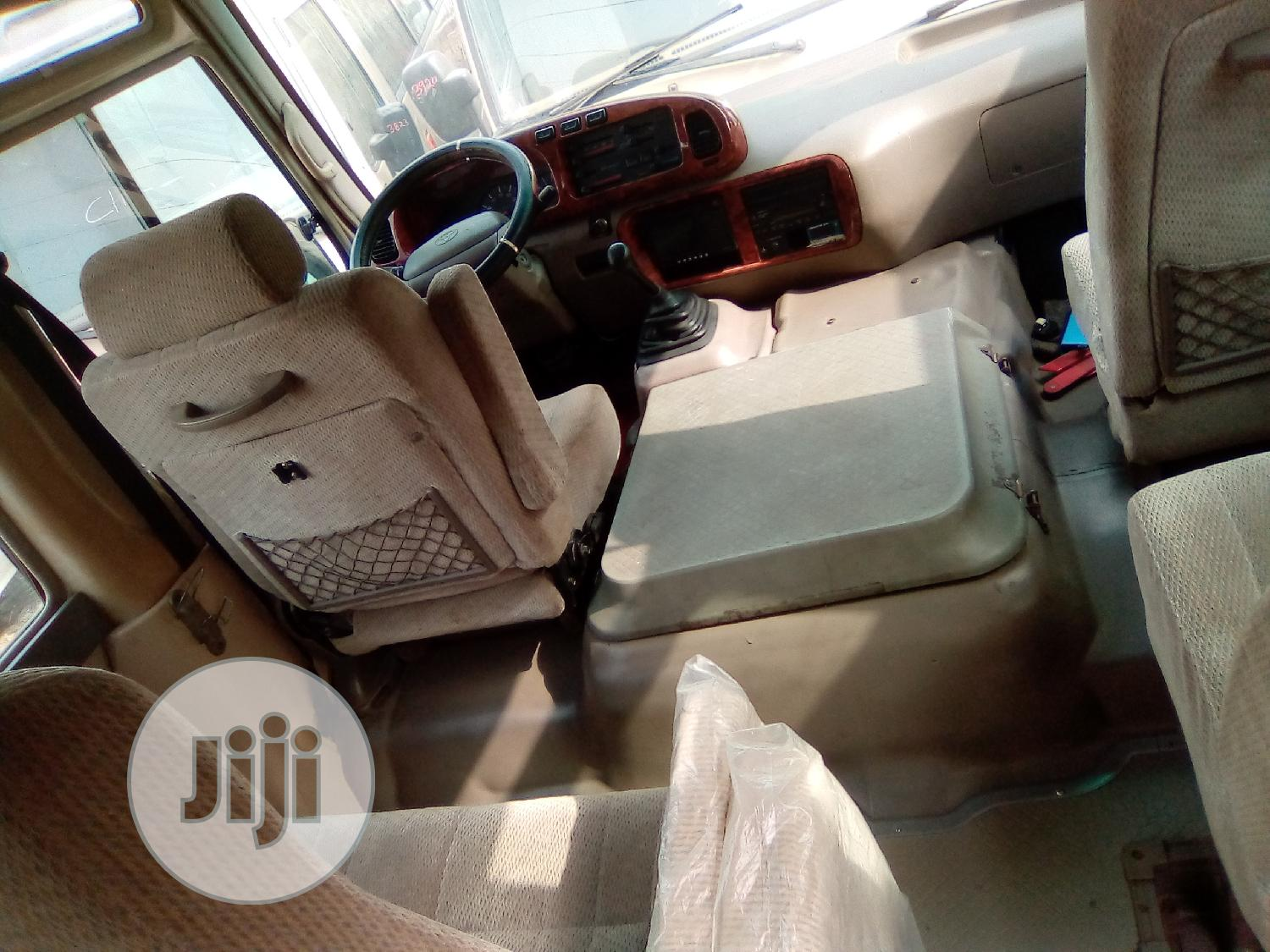 Tokunbo Toyota Coaster 2009 for Sale