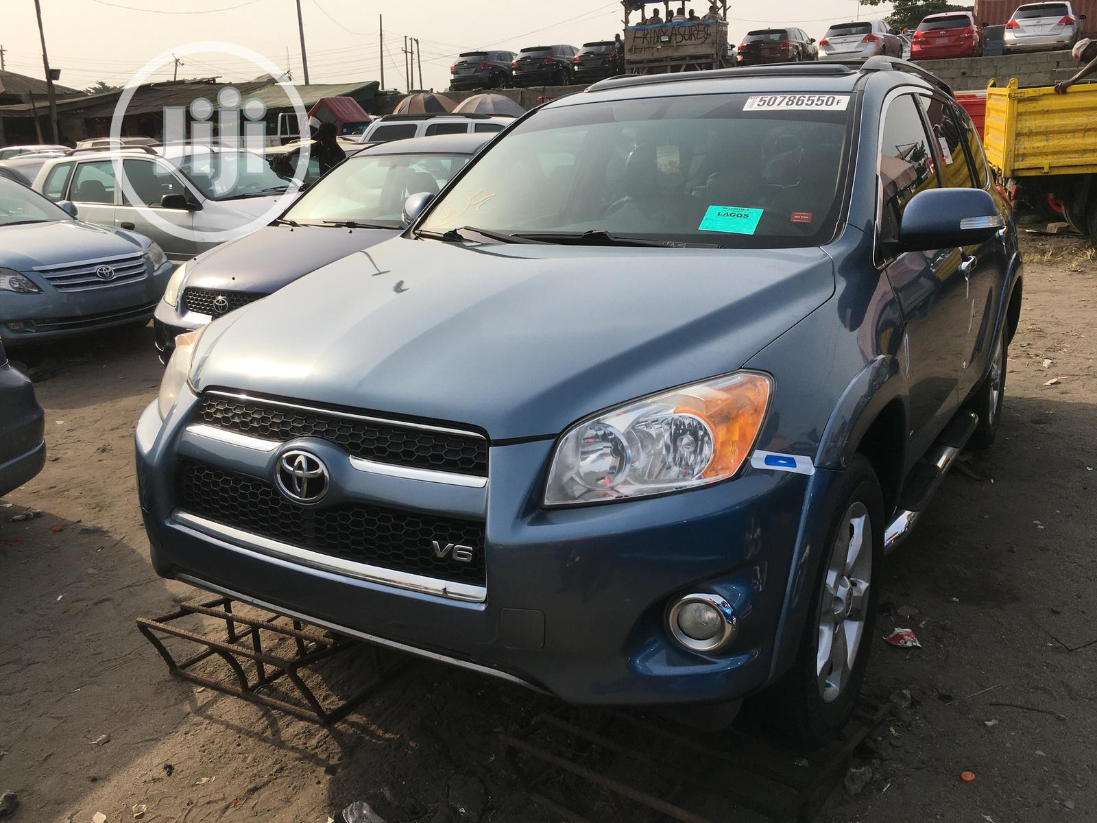 Toyota RAV4 2010 3.5 Limited 4x4 Blue | Cars for sale in Apapa, Lagos State, Nigeria