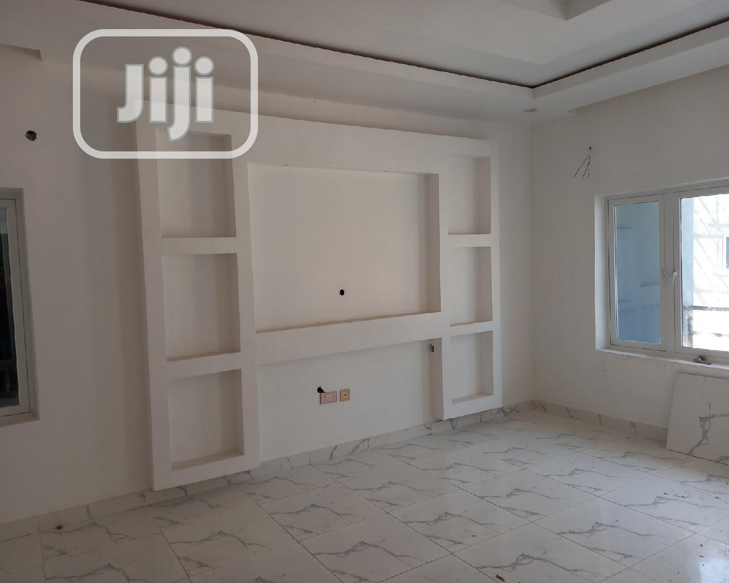 Clean 4 Bedroom Terrace Duplex At Sangotedo Ajah For Sale. | Houses & Apartments For Sale for sale in Ajah, Lagos State, Nigeria