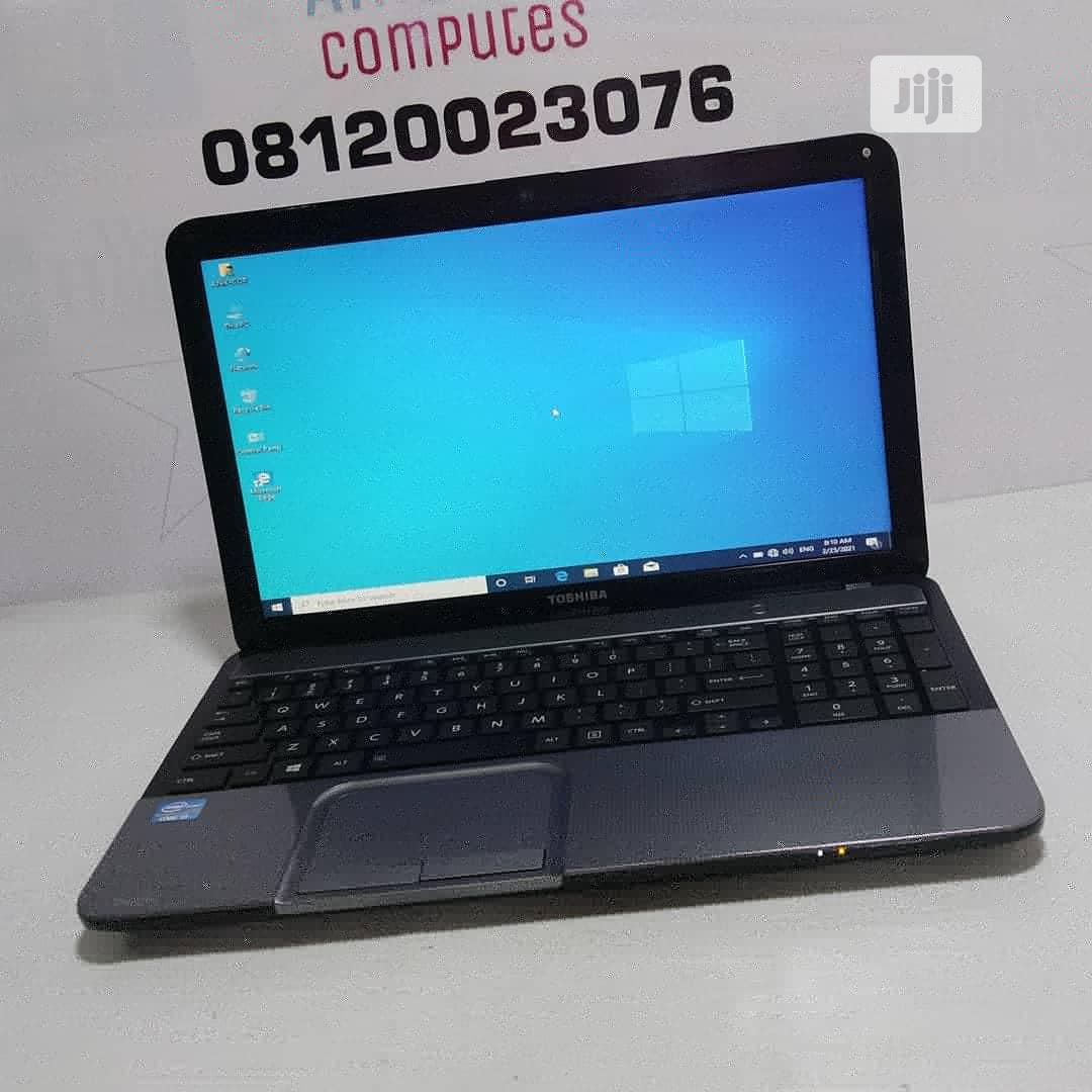 Archive: Laptop Toshiba 4GB Intel Core i3 HDD 320GB