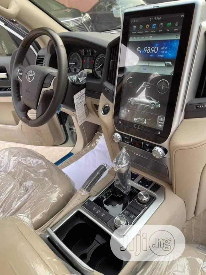 Archive: Toyota Land Cruiser 2020 4.0 V6 GXR White