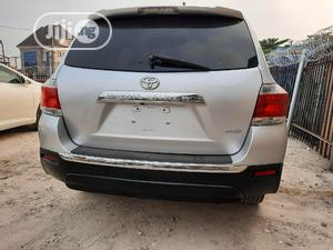 Toyota Highlander 2012 SE Silver | Cars for sale in Lagos State, Amuwo-Odofin