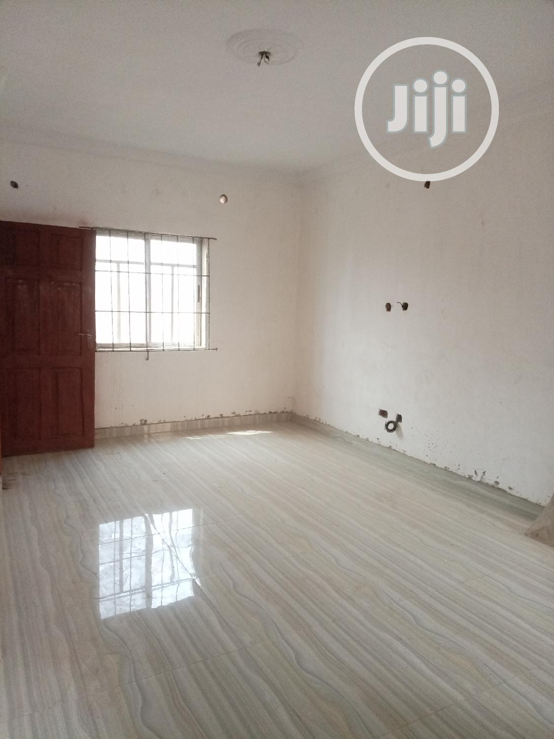 Newly Built 2 Bed Room Flat at Magboro Vai Ojodu Berger | Houses & Apartments For Rent for sale in Obafemi-Owode, Ogun State, Nigeria