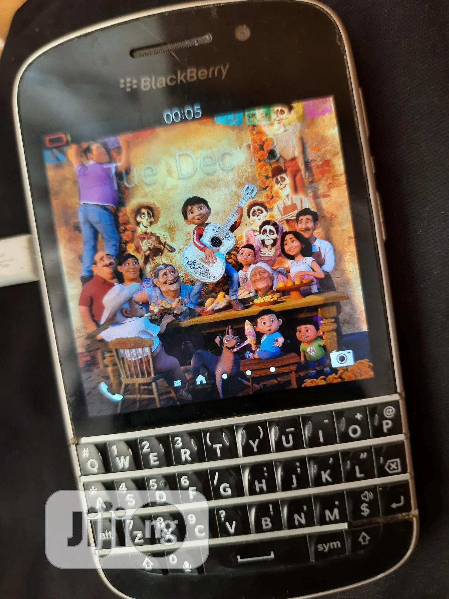 BlackBerry Q10 16 GB Black | Mobile Phones for sale in Agege, Lagos State, Nigeria