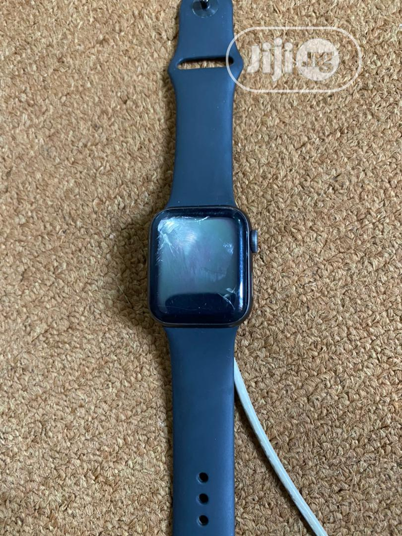 Archive: Used Iwatch Series 4 (40mm)