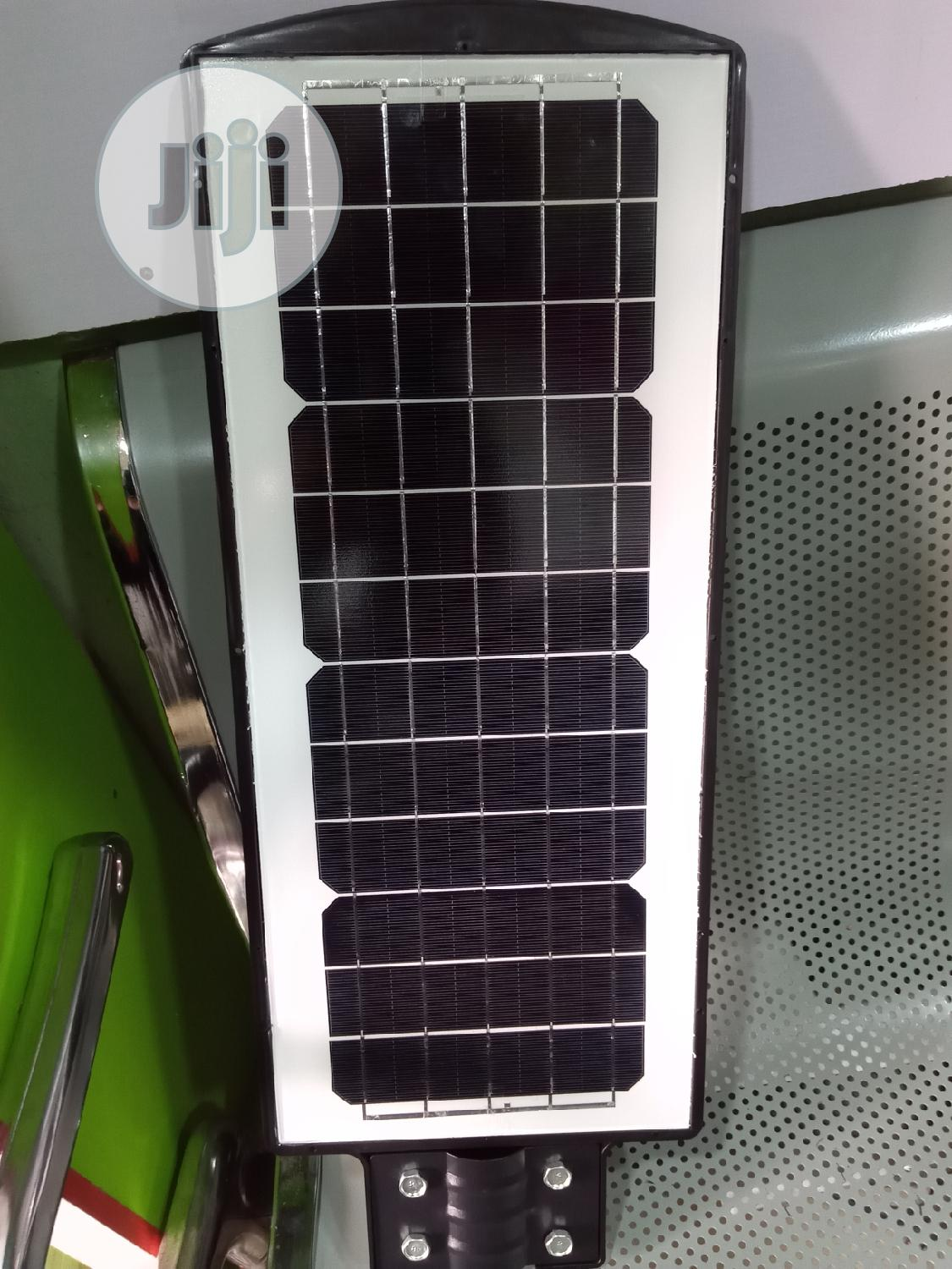 180w SMD Solar Street Light With Pole   Solar Energy for sale in Ikom, Cross River State, Nigeria