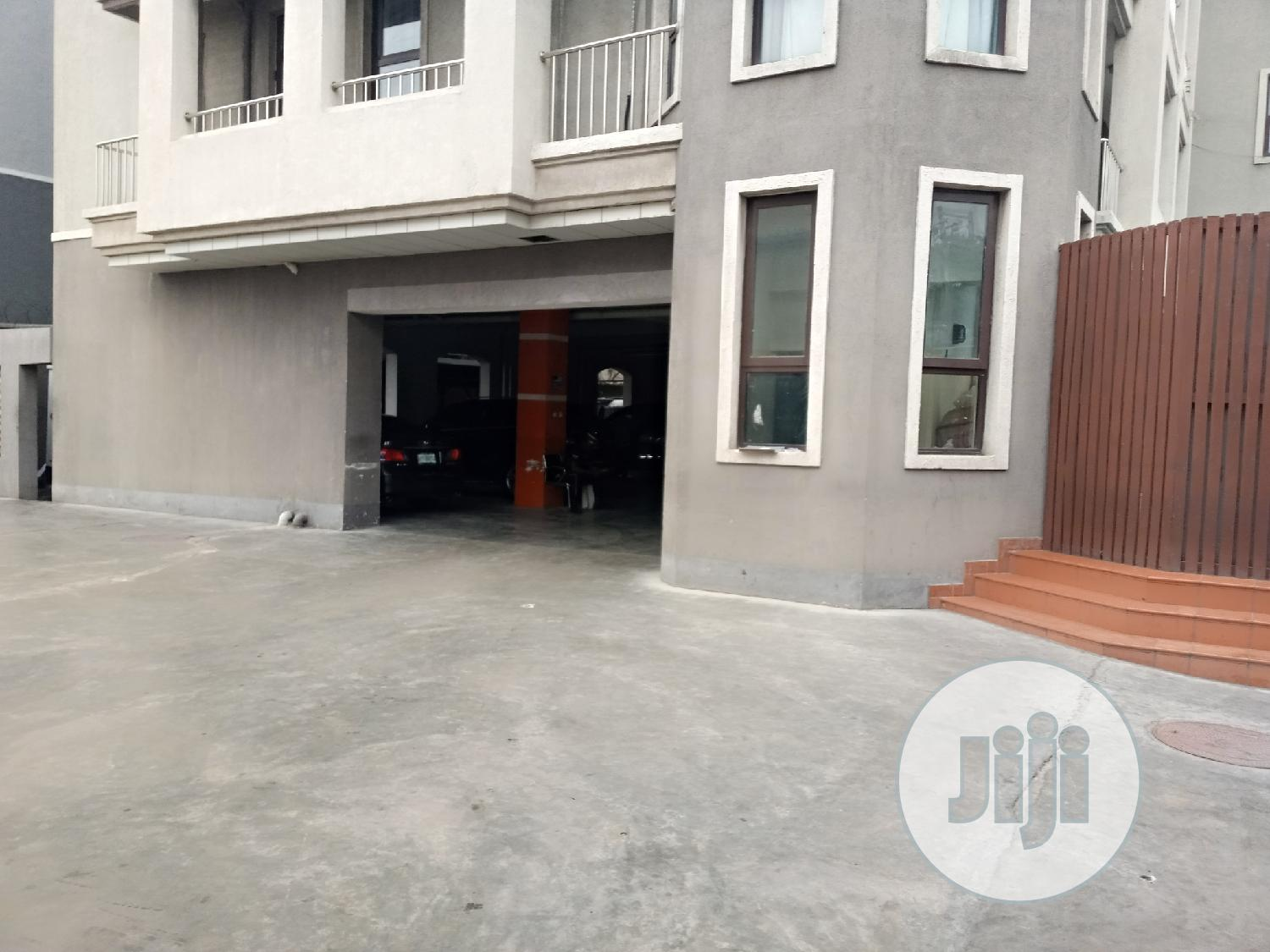 4 Bedroom Apartment Available for Short Let