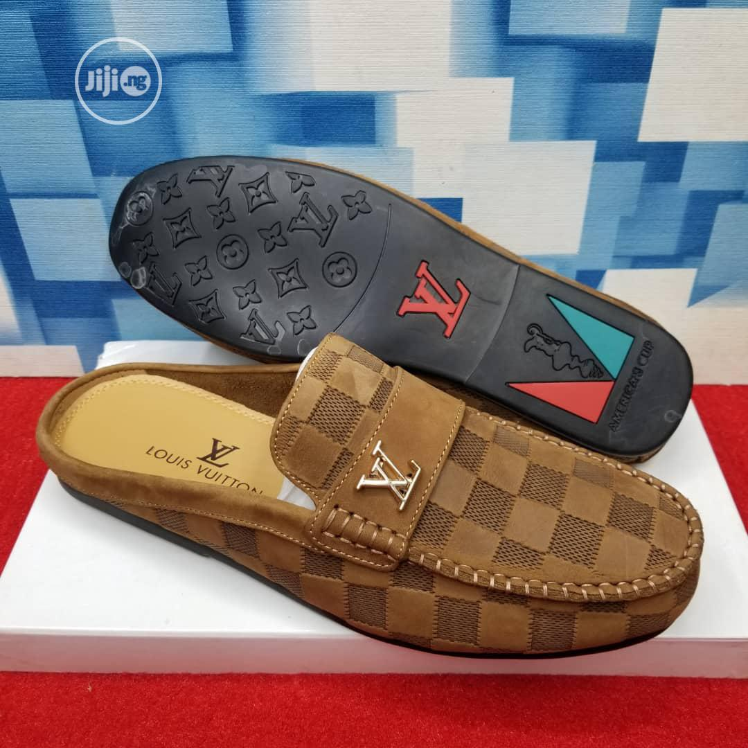 Gucci Red Suede Shoe for Men   Shoes for sale in Lagos Island (Eko), Lagos State, Nigeria