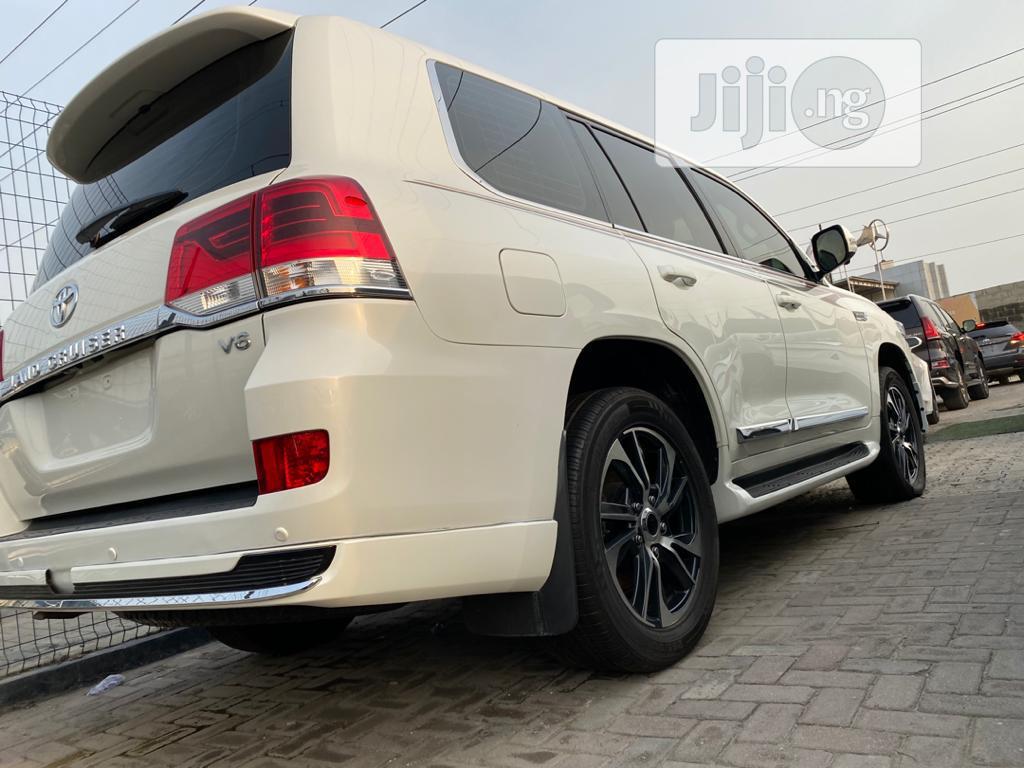 Toyota Land Cruiser 2017 4.6 V8 GXR White   Cars for sale in Lekki, Lagos State, Nigeria