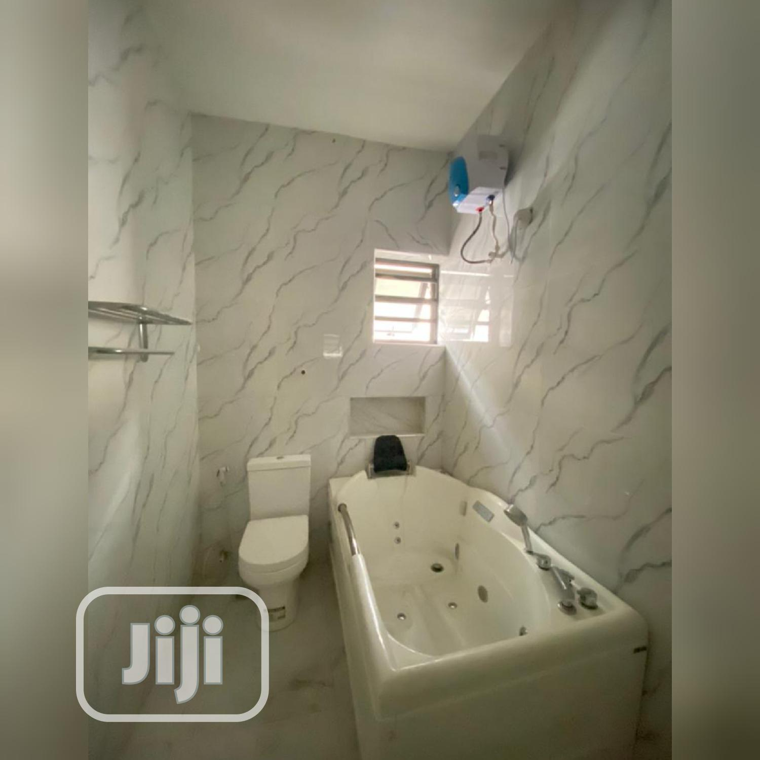 Outstanding And Gigantic 4 Bedroom Detached Duplex Lekki | Houses & Apartments For Sale for sale in Osapa london, Lekki, Nigeria
