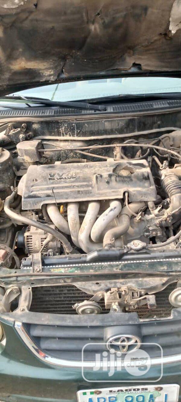 Archive: Toyota Corolla 2001 Sedan
