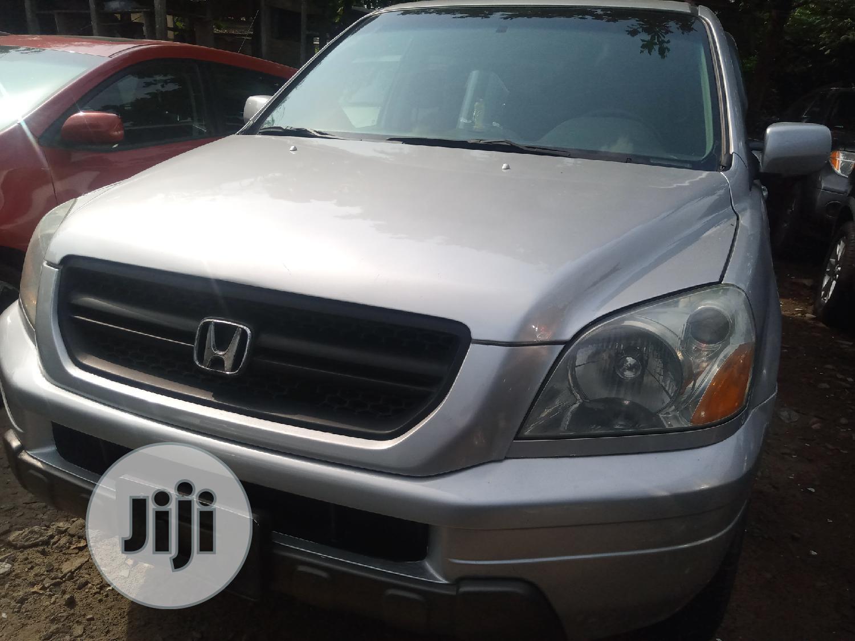 Archive: Honda Pilot 2005 EX 4x4 (3.5L 6cyl 5A) Silver