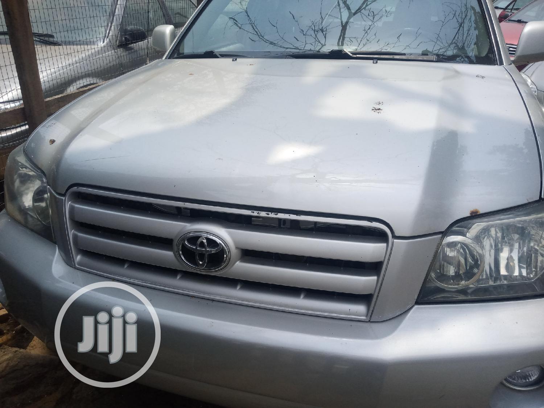 Toyota Highlander 2004 Limited V6 FWD Silver
