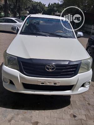 Toyota Hilux 2012 2.0 VVT-i SRX White | Cars for sale in Abuja (FCT) State, Garki 2