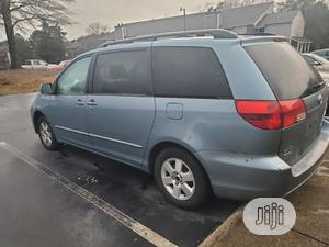 Toyota Sienna 2006 XLE AWD Blue | Cars for sale in Lagos State, Isolo
