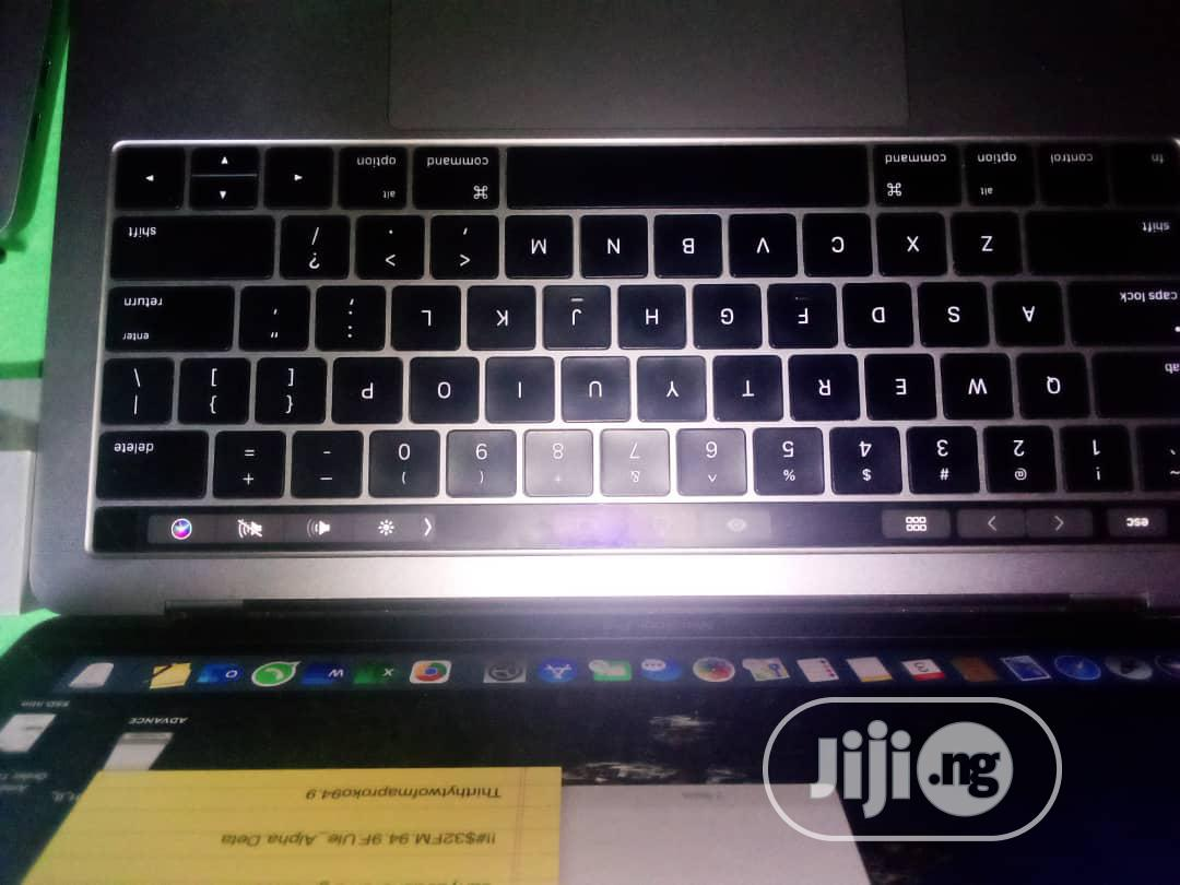 Archive: Laptop Apple MacBook Pro 8GB Intel Core I5 SSD 512GB
