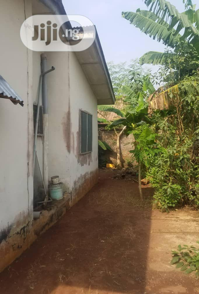 3 Bedrooms Bungalow for Sale in Omoregie, Benin City | Houses & Apartments For Sale for sale in Benin City, Edo State, Nigeria