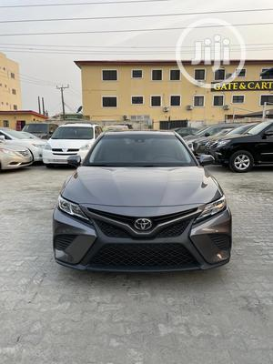 Toyota Camry 2018 SE FWD (2.5L 4cyl 8AM) Gray | Cars for sale in Lagos State, Lekki