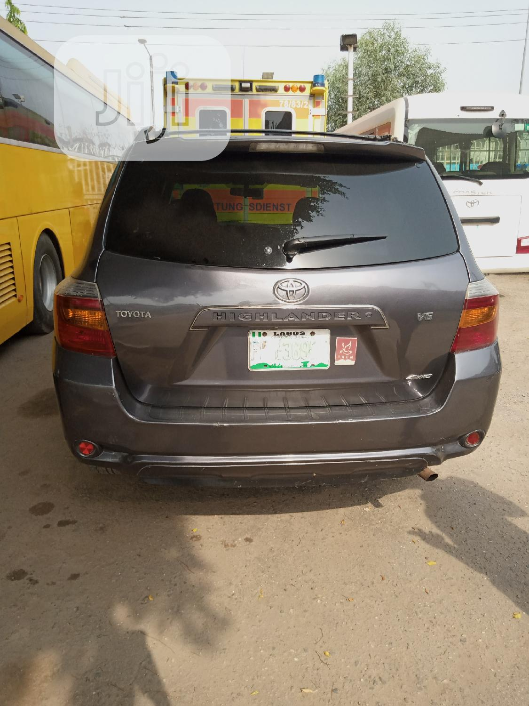 Toyota Highlander 2008 Gray | Cars for sale in Ilupeju, Lagos State, Nigeria