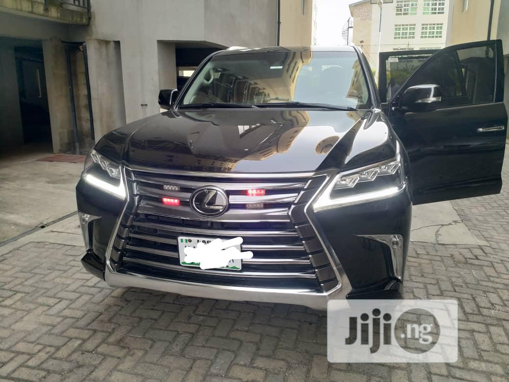 Lexus LX 2020 570 Three-Row Black