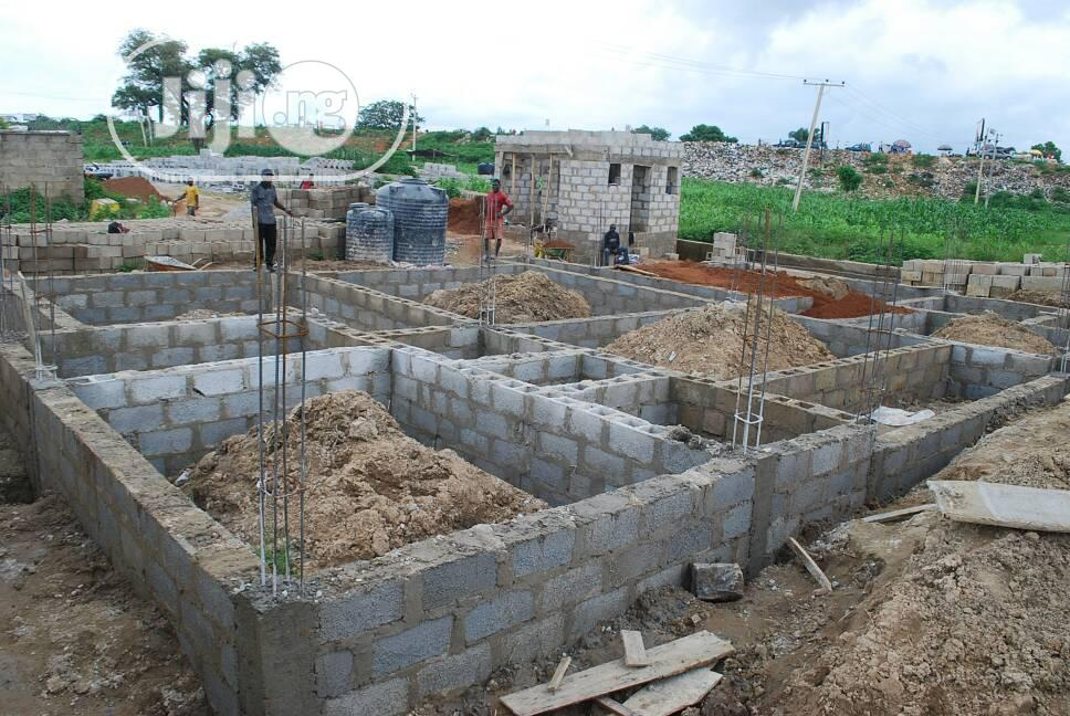 4bdrm Bungalow in Kuje for Sale