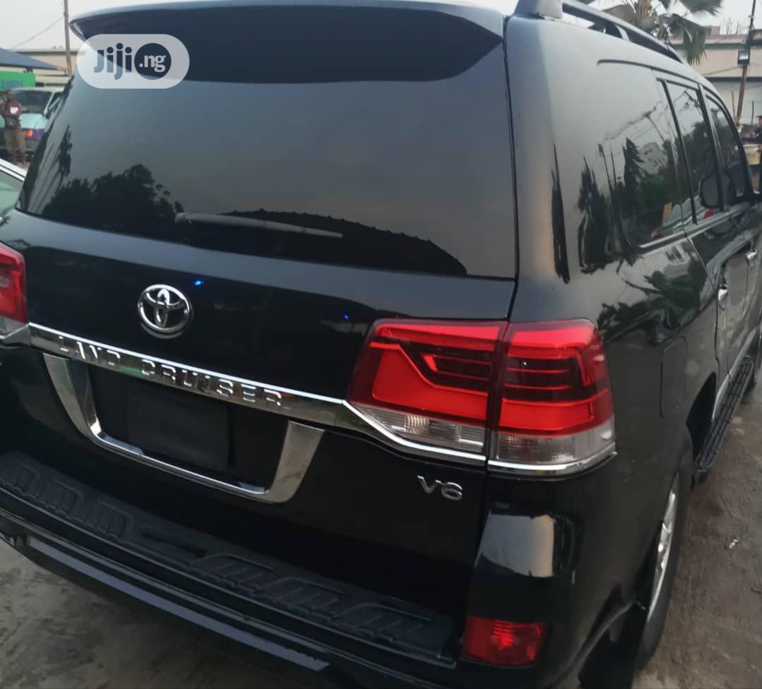 Toyota Land Cruiser 2018 Black