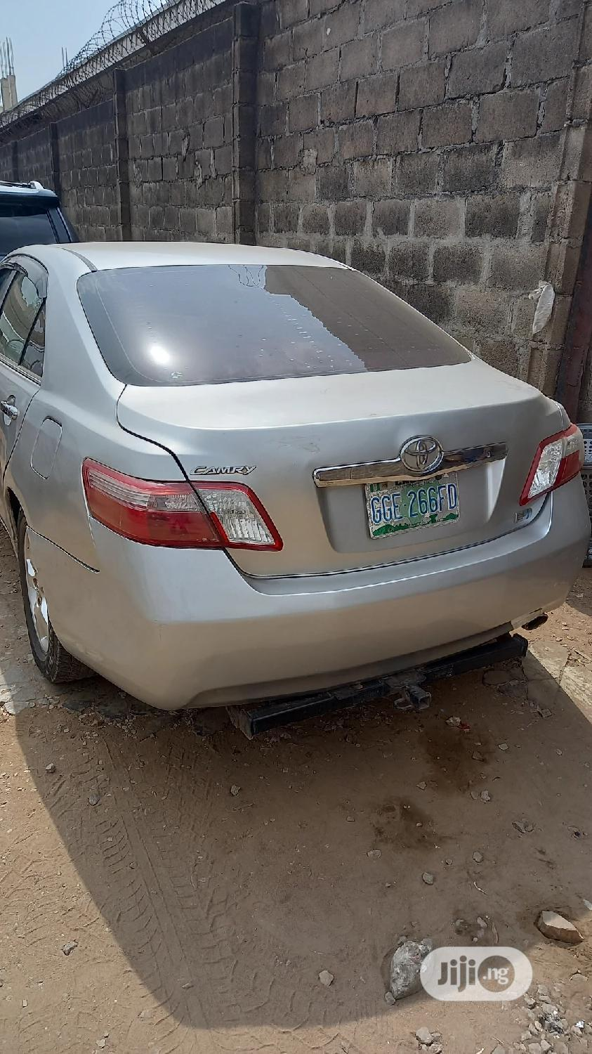 Toyota Camry 2008 Hybrid Silver | Cars for sale in Ikeja, Lagos State, Nigeria