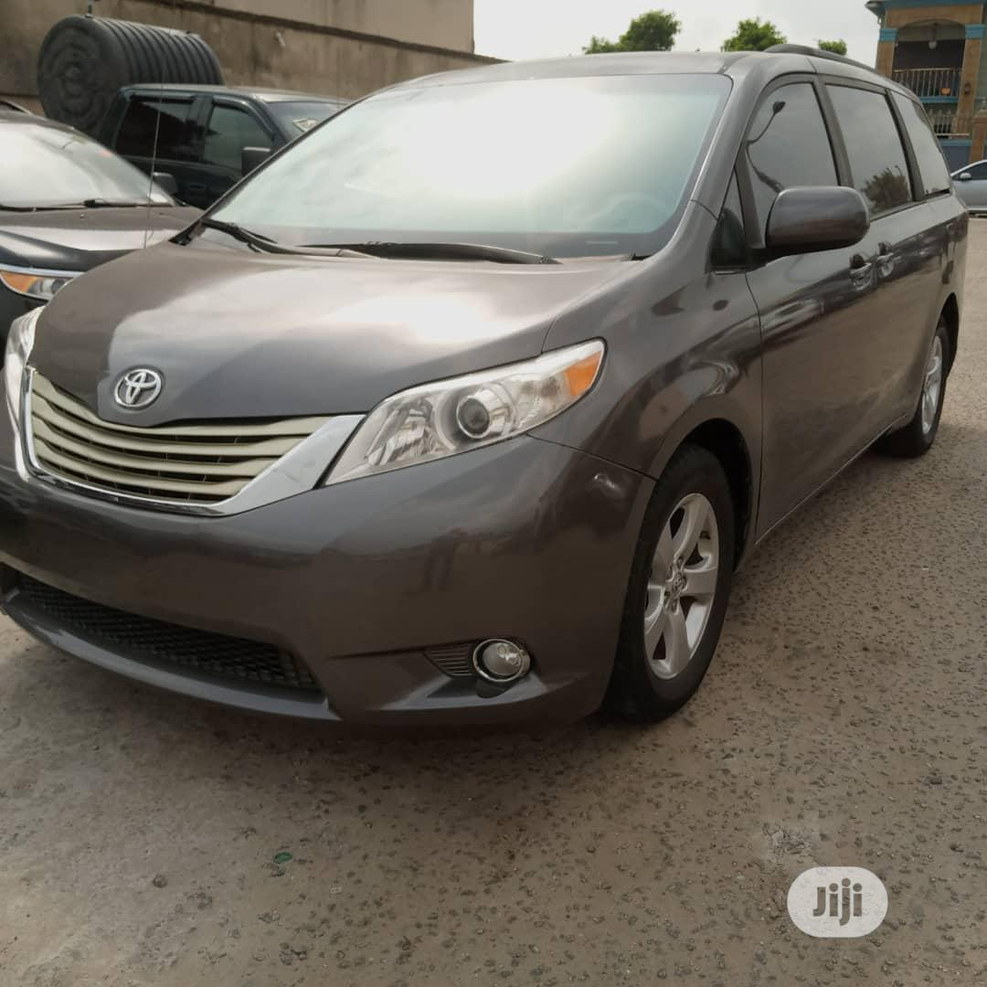 Toyota Sienna 2013 Limited AWD 7-Passenger Gray | Cars for sale in Amuwo-Odofin, Lagos State, Nigeria