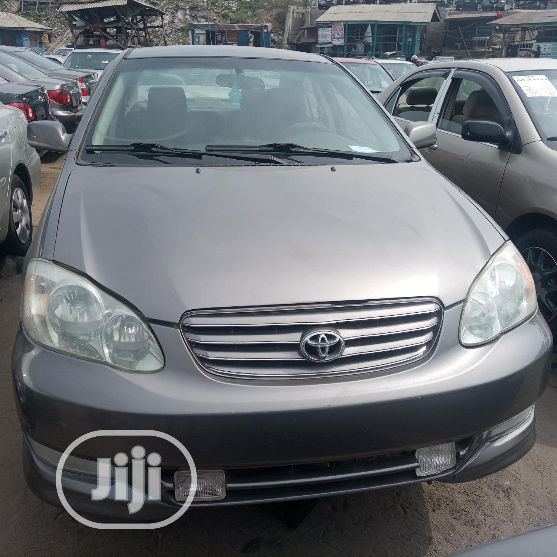 Toyota Corolla 2004 Sedan Automatic Gray